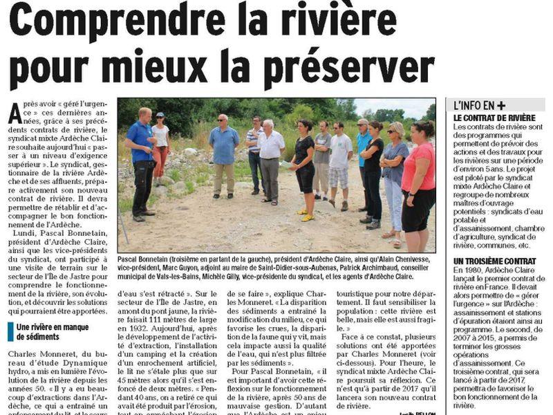 Presse : vue de l'article du Dauphiné Libéré. En photo dans l'article, une réunion Dynamique Hydro avec des élus du Syndicat au bord de la rivière.