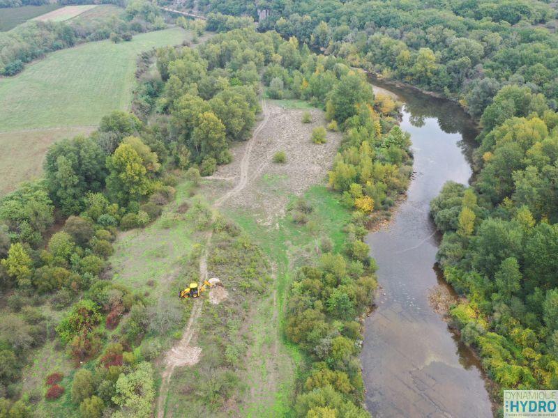 vue de drone de la rivière Chassezac en Ardèche