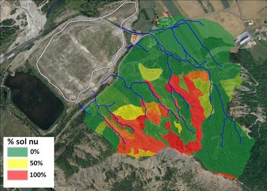 Photographie aérienne et carte des sols nus obtenue sur les bassins versants affluents de la gravière