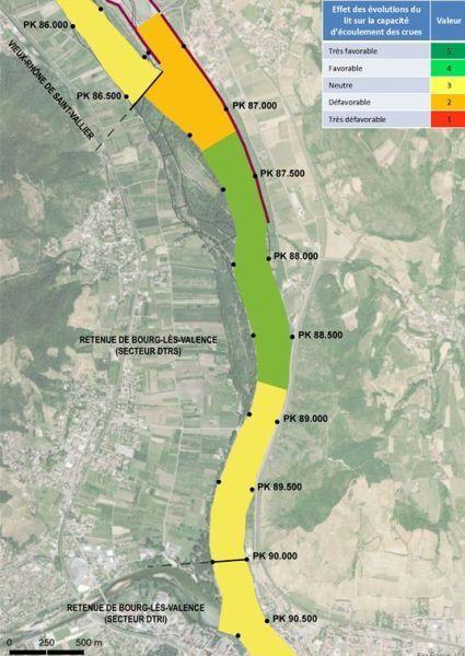 Carte des effets des évolutions du lit sur la capacité d'écoulement des crues pour l'analyse géomorphologique de l'évolution bathymétrique du Rhône pour la Compagnie Nationale du Rhône CNR