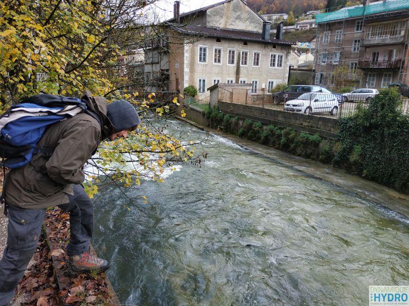 balade urbaine sur les bord de la Bienne pour prendre les mesures nécessaires au projet de restauration des berges