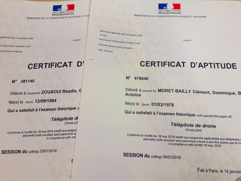 certificat télépilote drone Baadis et Clément