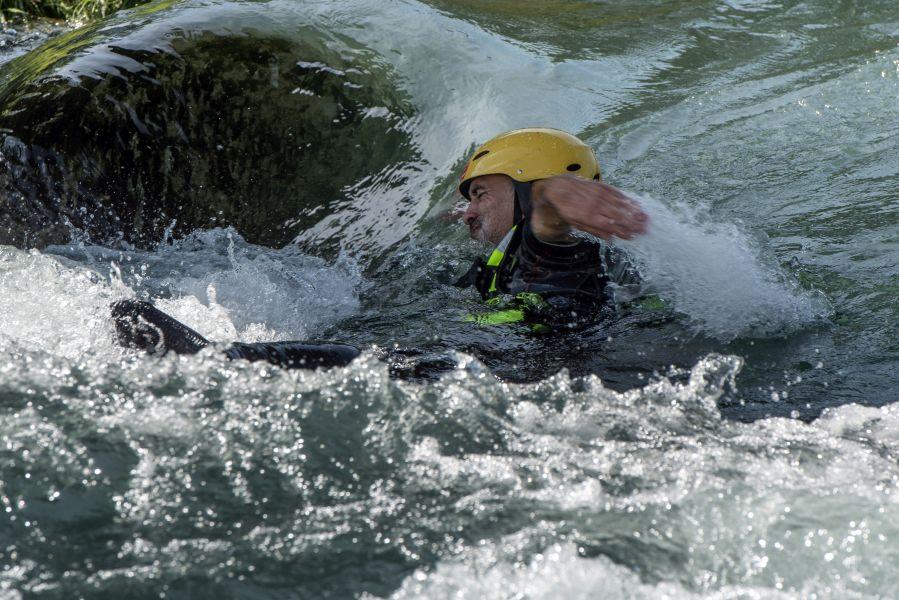 Loïc GROSPRÊTRE. Technique de nage en eaux vives