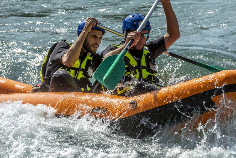 Clément MORET-BAILLY et Simon CHABBERT. Manœuvre en canoë